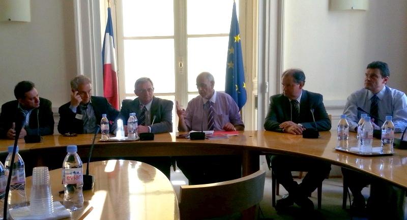 Entretien avec une délégation de députés brésiliens - Lundi 6 juillet 2015